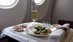 Business Class, Luxury Meal